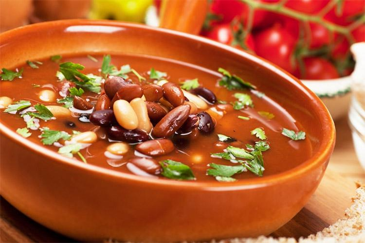 Суп из фасоли по-средиземноморски
