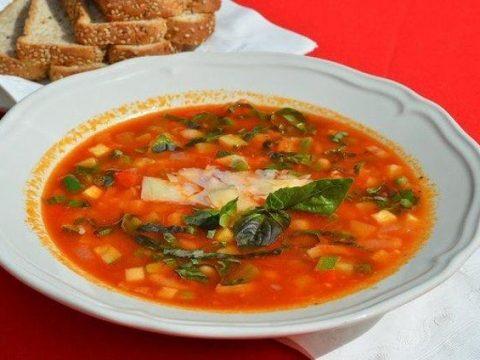 Суп с фасолью и запеченными сосисками