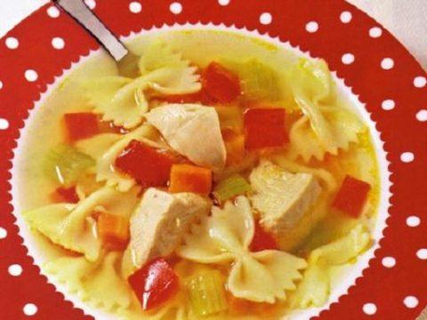 Суп из индейки с фарфалле