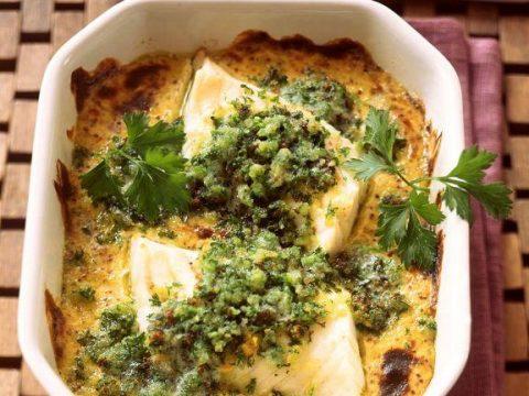 Филе рыбы запеченное в духовке в соусе