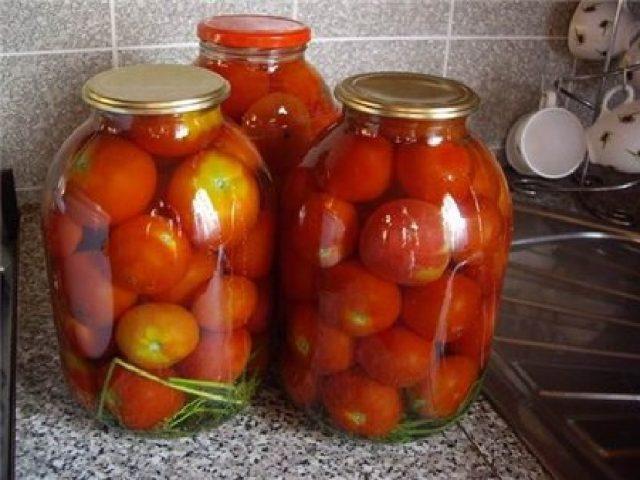 Консервированные помидоры с винным уксусом