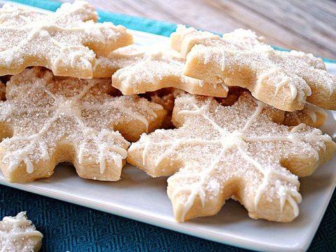 """Ванильное печенье с сахарной посыпкой """"Снежинки"""""""