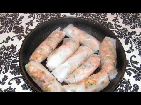 Рисовые блины с копченым лососем