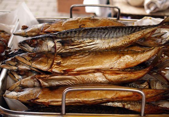 Как происходит процесс копчения рыбы