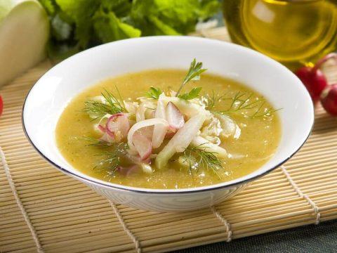 Суп с кольраби и редисом