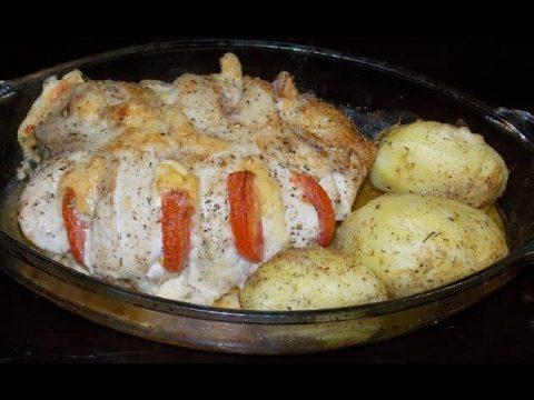 Куриные грудки в сырной панировке с картофелем