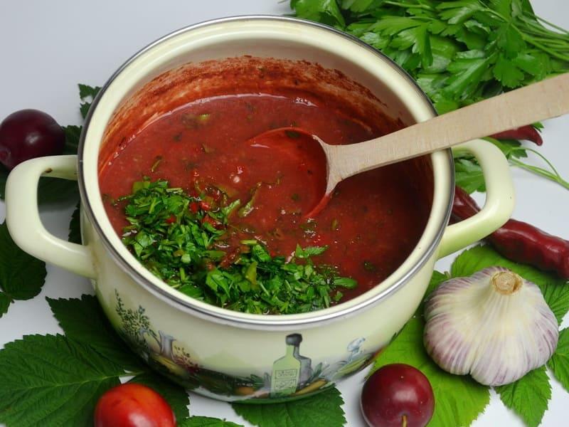 Сливовый соус из чернослива