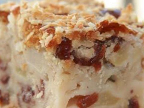 Яблочно-ванильный пирог с хрустящей корочкой