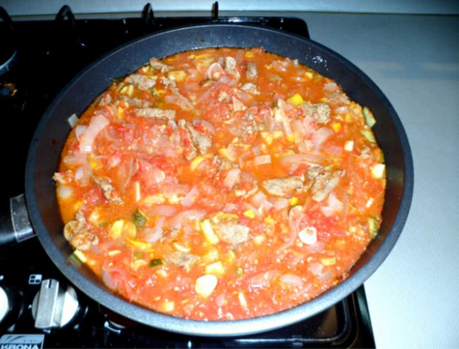 Огурцы к соусу