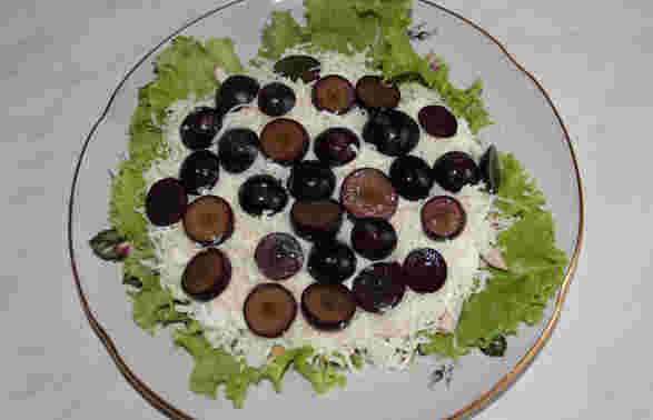 Режем виноград кружочками