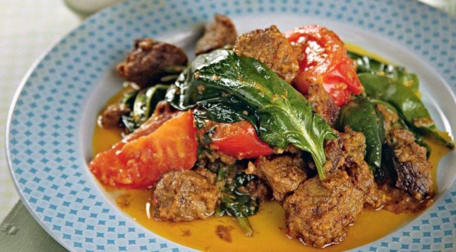 Баранина с овощами по-индийски