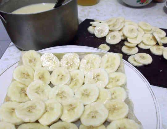 Чистим бананы