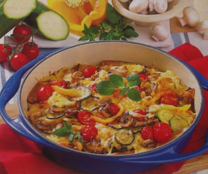 Постный теплый салат с грибами и овощами