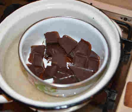 Топим шоколад для глазури