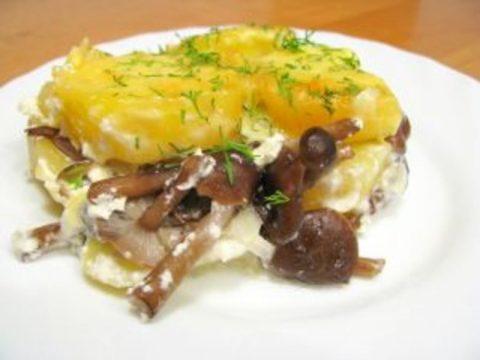 Картофельная запеканка с грибами и сыром тофу