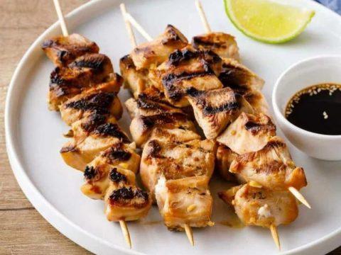 Шашлык из курицы за 1 час на сковороде или мангале
