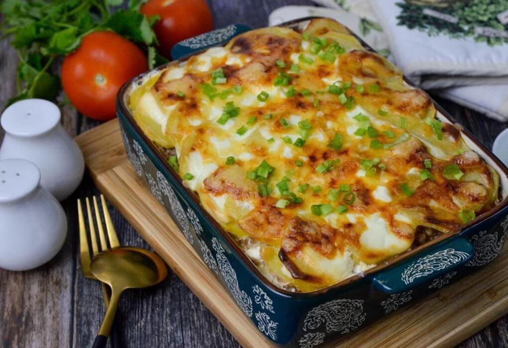 2 рецепта вкусных и сытных картофельных запеканок на ужин