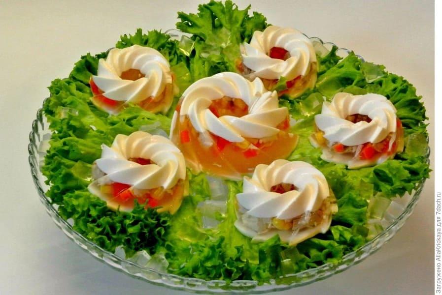 Праздничные вкусные рецепты заливного для новогоднего застолья