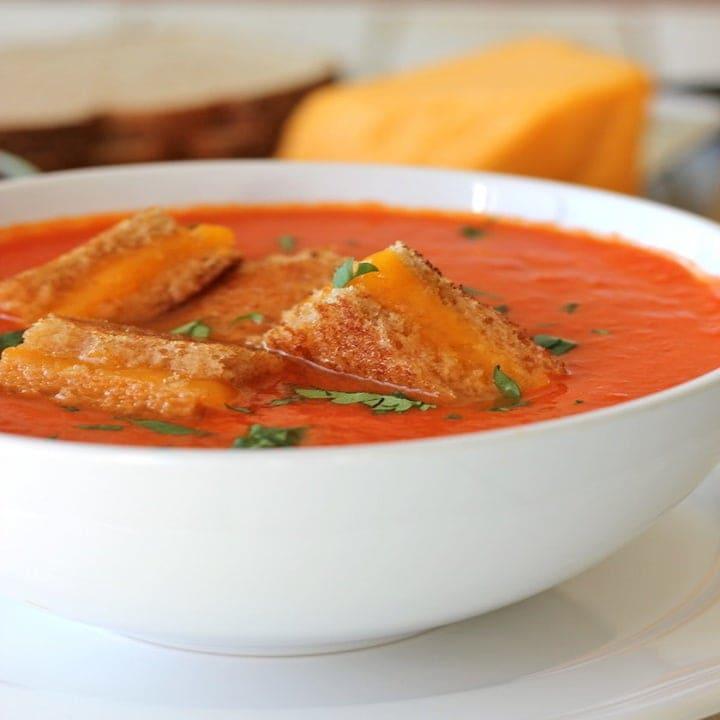 Очень сытный томатный суп — пюре